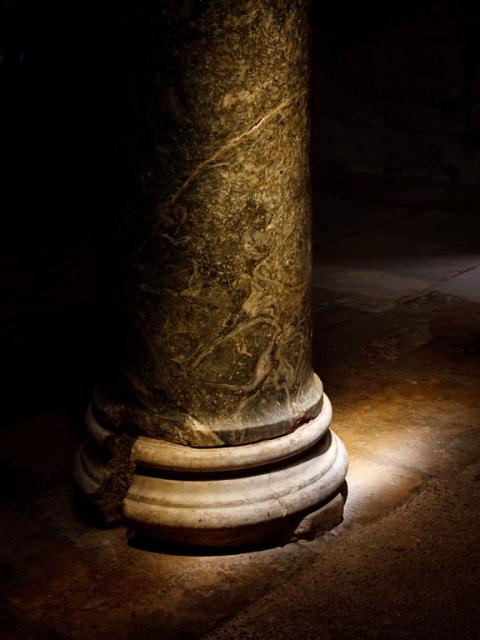 Column in Cathédrale Saint Sauveu, Aix-en-Provence